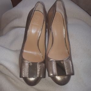 Tory Burch gold leather pumps 7